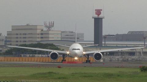 SU-GDL@成田国際空港 正面